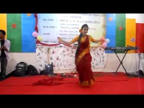 Download Akashe batashe chol sathi ure jai chol dana mele Dance performance ✪Nobin Boron 2014,SBI dept  DU