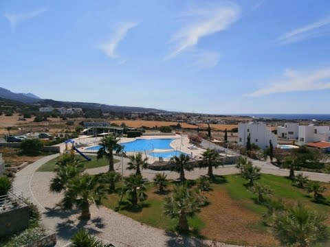 2 BED BEACHSIDE PENTHOUSE APARTMENT WITH MEDITERRANEAN VIEWS. BACHELI, CYPRUS HP1485 K £45,000