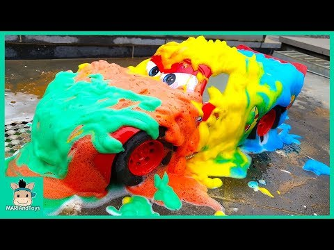 Learn Colors With Rainbow Bubble For Kids. Disney Big Cars Lightning McQueen Car Wash | MariAndToys
