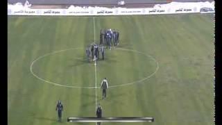 مباراة السعودية وفلسطين .. حكمها تعرض للضرب مرتين!