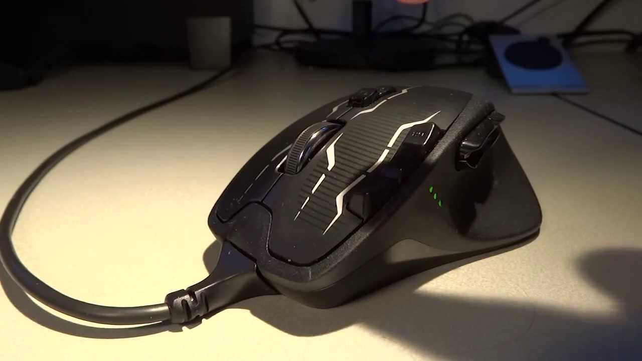 442241e1ff7 GameGear Review - Logitech G700s Rechargeable Gaming Mouse - YouTube
