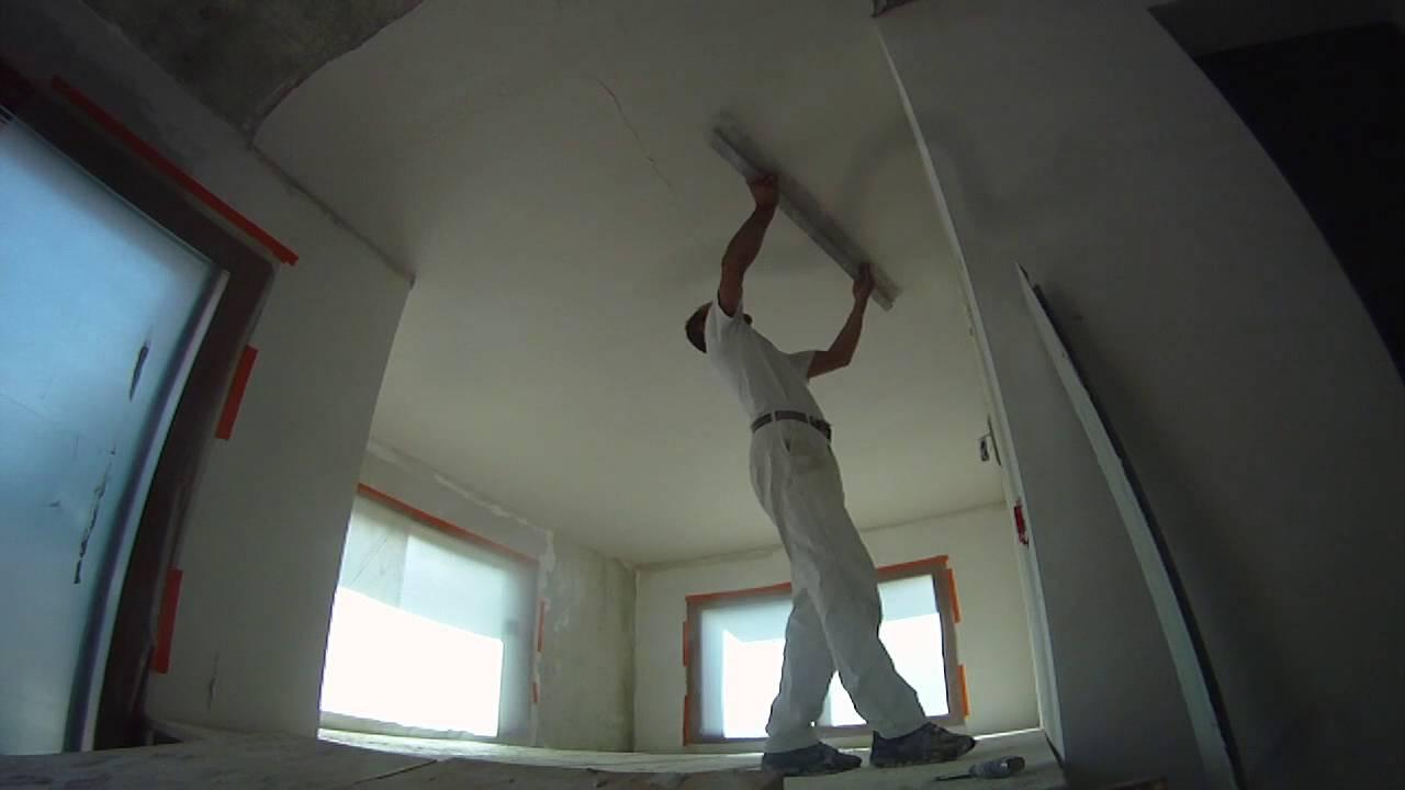 pl tre traditionnel lisse en plafond sous dalle b ton