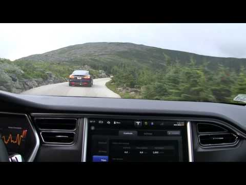 15 Tesla Model S'es and a Roadster climb Mount Washington