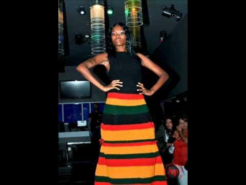 Drake Ft. Tyra Banks Model Girl