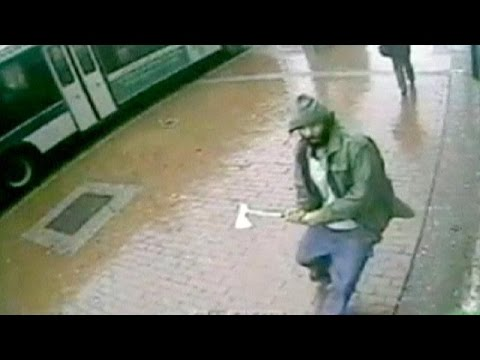 Axe attack on New York police officers