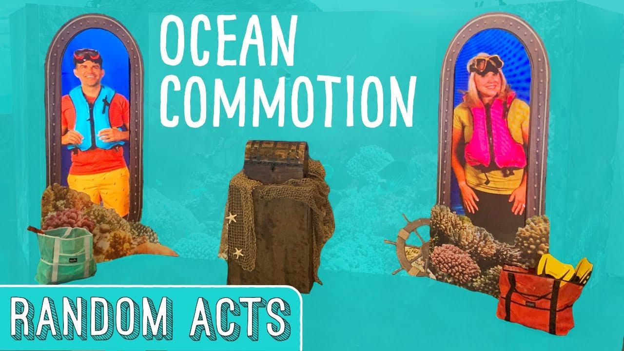 Strangers Help Scuba Divers in Need at the Aquarium - Random Acts