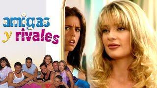 Amigas y Rivales: Alejandra descubre el secreto de Roxana | Escena - C8 | Tlnovelas