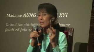 Aung San Suu Kyi - Sorbonne - 28 juin 2012 - Cité de la réussite