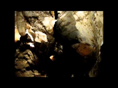 Exploring Jenolan Caves In The Blue Mountains Of Australia