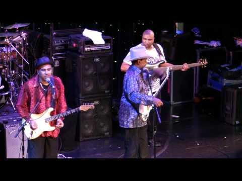 "Lonnie Brooks LRBC 2011 ""Sweet Home Chicago"""