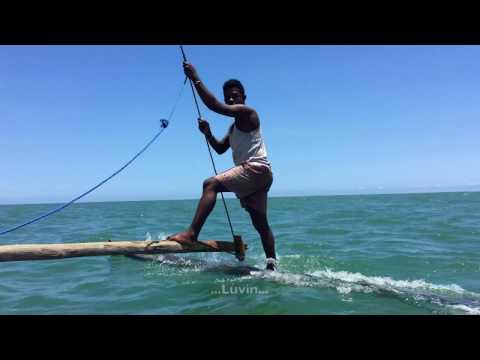 TRAVESIA PIRAGUA MADAGASCAR / VOYAGE PIROGUE MADAGASCAR