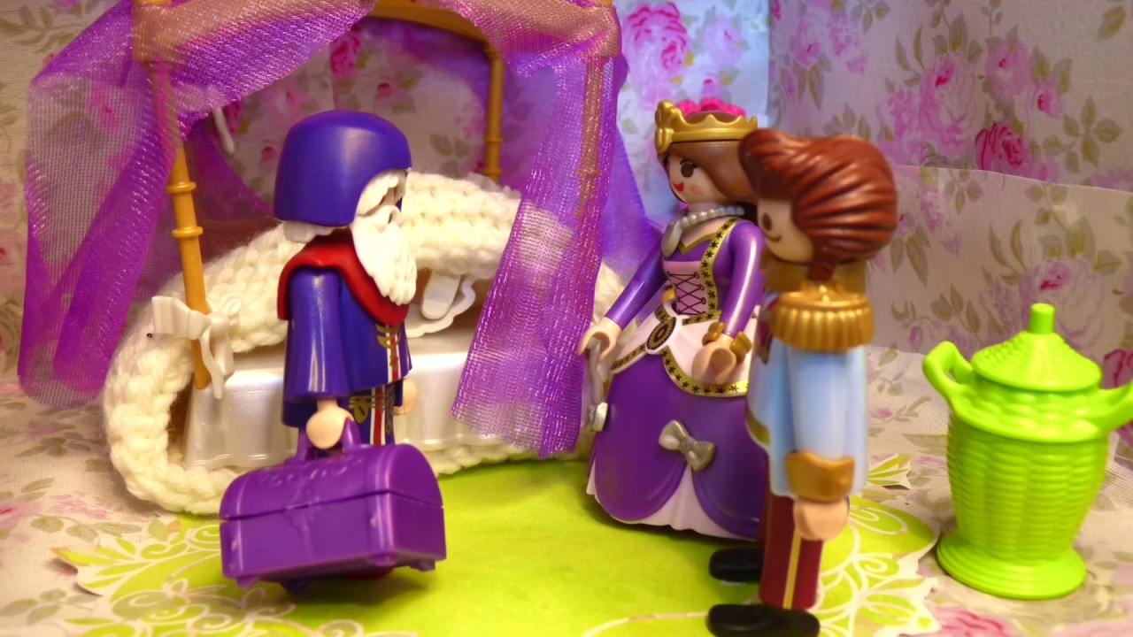 Playmobil in French - The Princess has an accident - Welcome to Princess  Castle - Episode 3