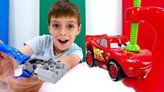 Мультики для детей про машинки. Маквин меняет двигатель