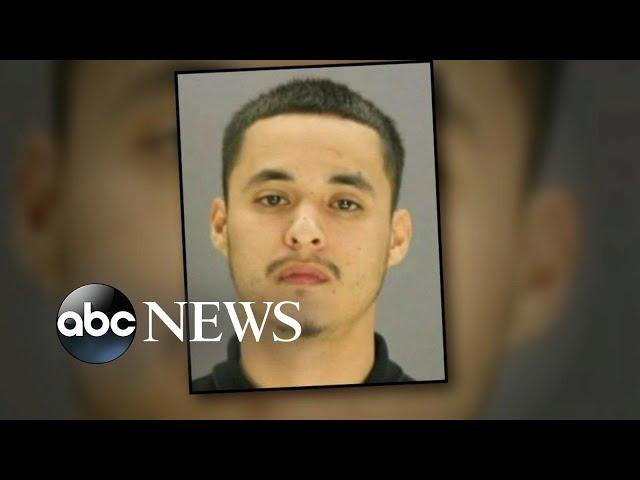 Urgent manhunt for escaped convict in Texas