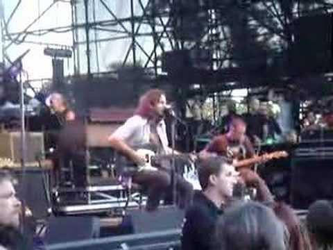 "Pearl Jam ""Waiting On A Friend"" Santa Barbara 7/13/06"