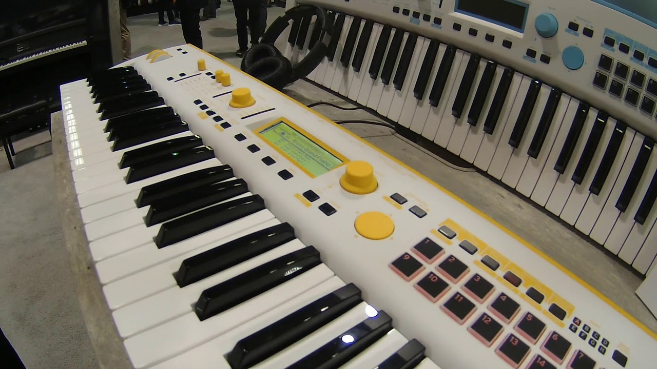 NAMM 2019 Korg Kross 2 Special Edition Colors