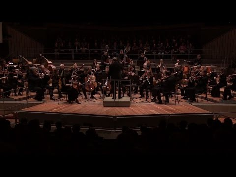 Concert Pour Les Migrants A La Philharmonie De Berlin Youtube