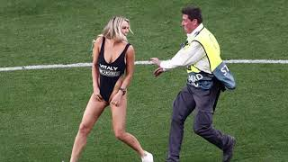 البنت اللي نزلت ملعب مباراة ليفربول وتوتنهام