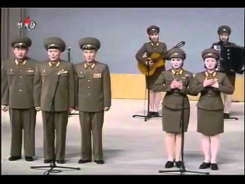 Kim Jong Il e Kim Jong Un trabalhando juntos