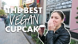 the best vegan red velvet cupcakes ever las vegas vlog 1