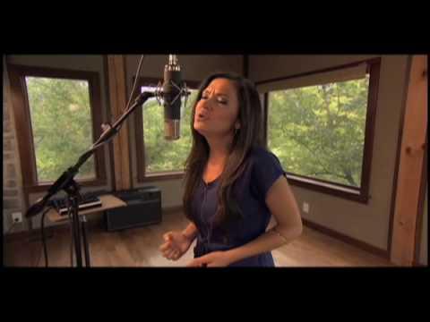 Anne Marie Boskovich - Everything Is Beautiful :歌詞+翻譯