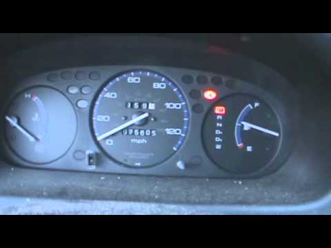 Cold Start Amp Dash View Of Two Hondas 2000 Honda Civic Dx