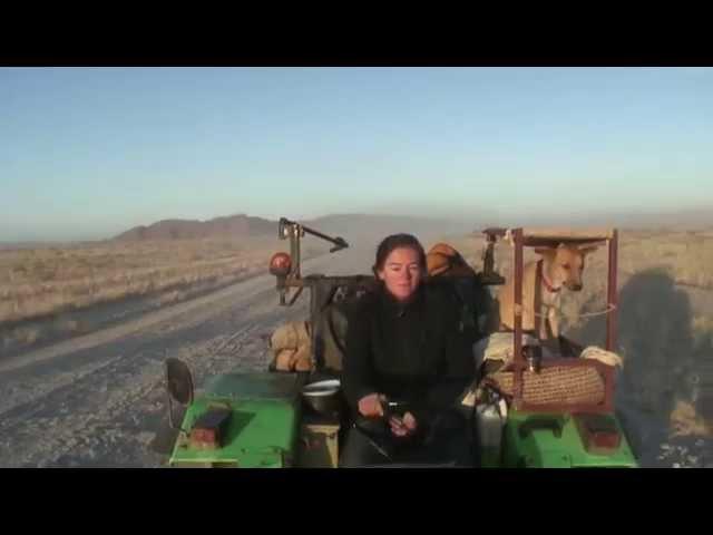 Onderweg - Tractormeisje
