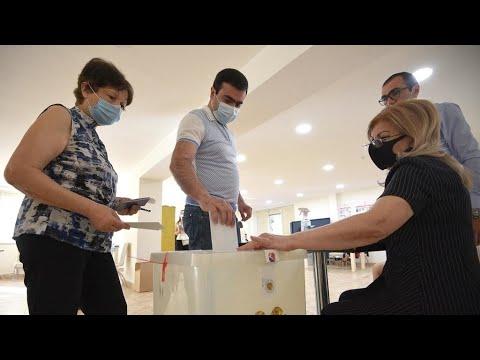 الأرمينيون إلى صناديق الاقتراع للتصويت في الانتخابات التشريعية المبكرة  - نشر قبل 17 دقيقة