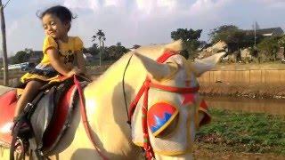 latihan berkuda untuk anak 2 tahun