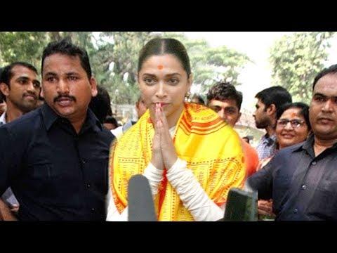 Emotional Deepika Padukone Snapped At Siddhivinayak Ahead Of Padmavaat Release