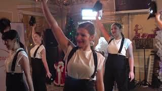 Шоу     балет     «Terradance»   руководитель   Елена БезбогинаВсе дело в шляпе
