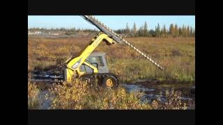 GEHL Skid Steer in Muskeg | Right Track Systems Int