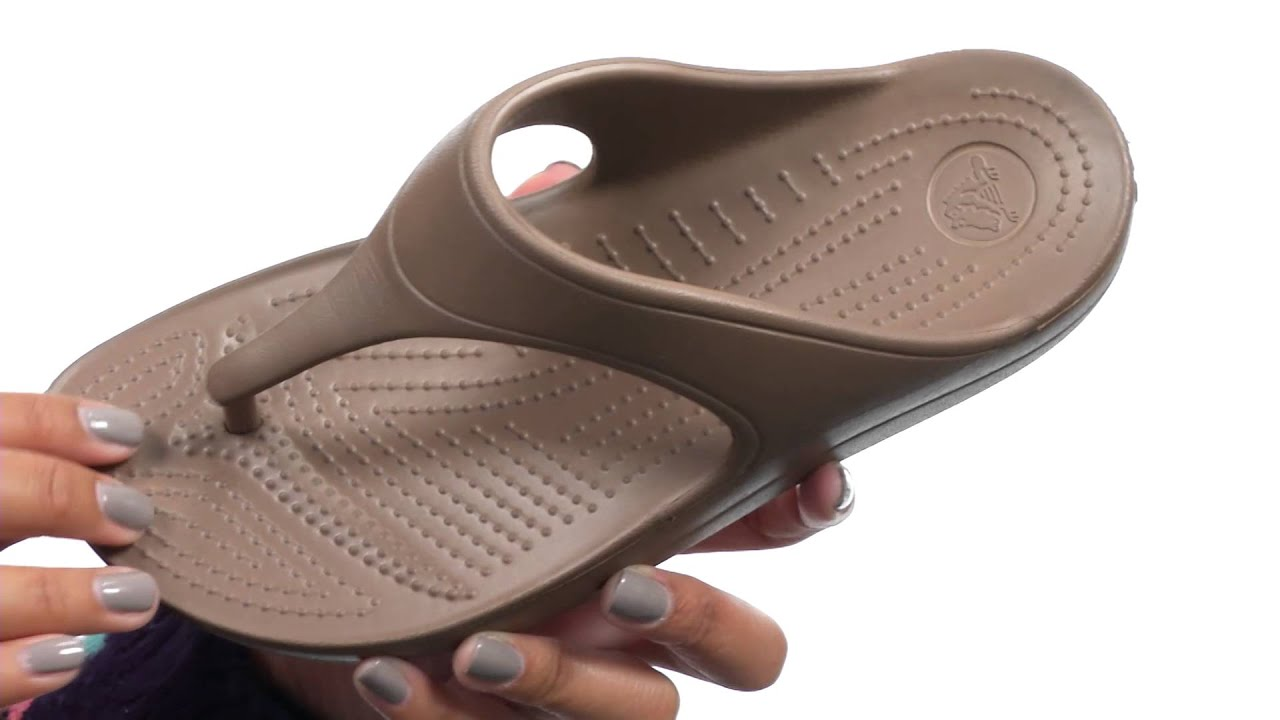 1110cd9d1e6 Crocs Sloane Platform Flip SKU 8557073 - YouTube