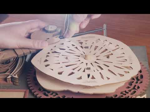Da Vinci's Drawing Machine - The Gambler
