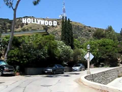 how to get close to hollywood sign