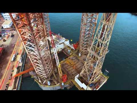 """Deutsche Oel & Gas – Neue Bohrplattform """"Randolph Yost"""" auf dem Weg von Singapur"""