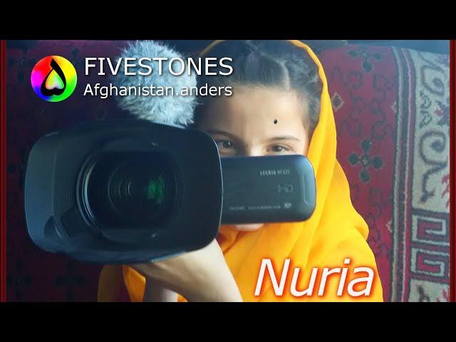 Nuria 👧🏻, a sweet juggler from Afghanistan