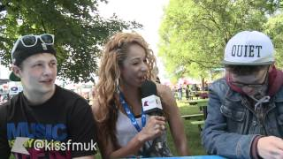 Amanda chats to the Wireless crowd at Kiss FM