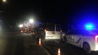 Автомобиль сбил пешехода.