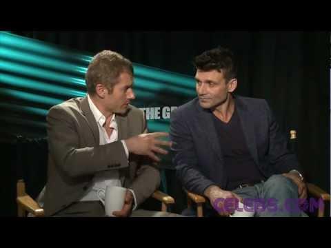 Frank Grillo and James Badge Dale talk THE GREY- a CELEBS.COM Original streaming vf
