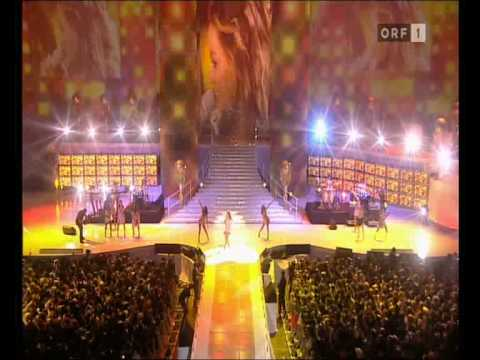 Beyoncé - Ring The Alarm / Deja Vu - Live World Music Awards