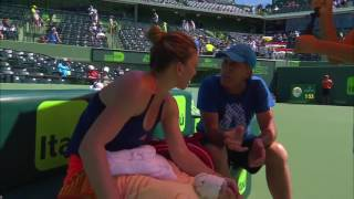 On-Court Coaching: Simona Halep and Darren Cahill (2017 Miami Open Quarterfinals)