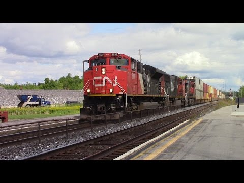 CN & VIA Action in Kingston | 09-01-2016