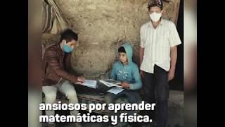 Rogey Zurita, el maestro que dicta clases casa por casa