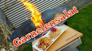 Asiatischer Garnelensalat von der Feuerplatte | Anleitung | Rezept | Grill & Chill / BBQ & Lifestyle