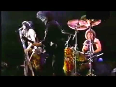 Aerosmith   Eat The Rich - Live Costa Rica 94 - Record of A Little South of Sanity Álbum