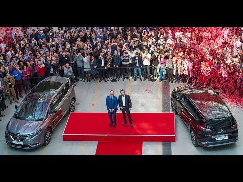 Kevin Spacey en visite au Technocentre Renault avec l'Espace 5.