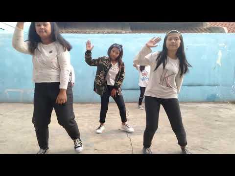MERAIH BINTANG DANCE SMP SWADAYA 2