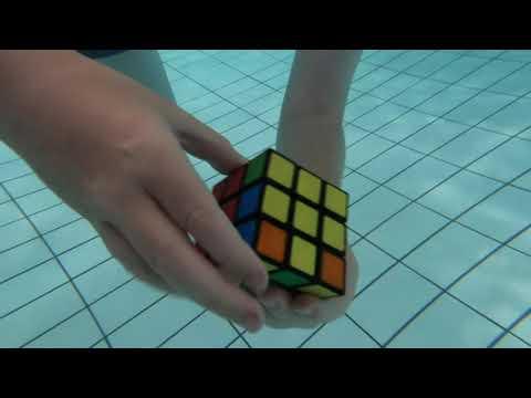 Underwater 3x3 solve