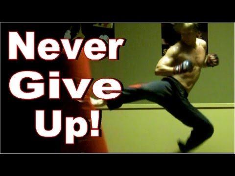 Never Give Up! | TRAINING MOTIVATION